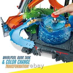 Hot Wheels FTB67 City Gator Car Wash Connectable Play Set with Diecast and Mini