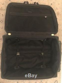 RACHEL(LINE)LUGGAGE SET 1 UPRIGHT CARRY-ON WithWHEELS+SMALL MATCHING BAG-BLACK