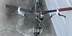 Salsa Juan Solo scandium/carbon 26 withlefty fork Small SS MTB with Extra Wheelset