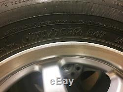 Roues Universelles Sept X 4 Ensemble Withtires 14 X5.5 5-100.00 / 114.30 35 Slmeml Used