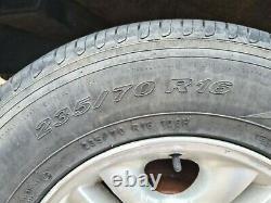 Ssangyong Rexton 2001 2007 16 Roue En Alliage Et Jeu Complet De Pneus 235 70 R16